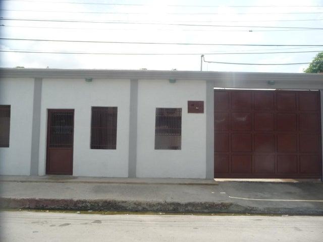 Casa En Venta En Maracay - La Morita Código FLEX: 18-12366 No.1