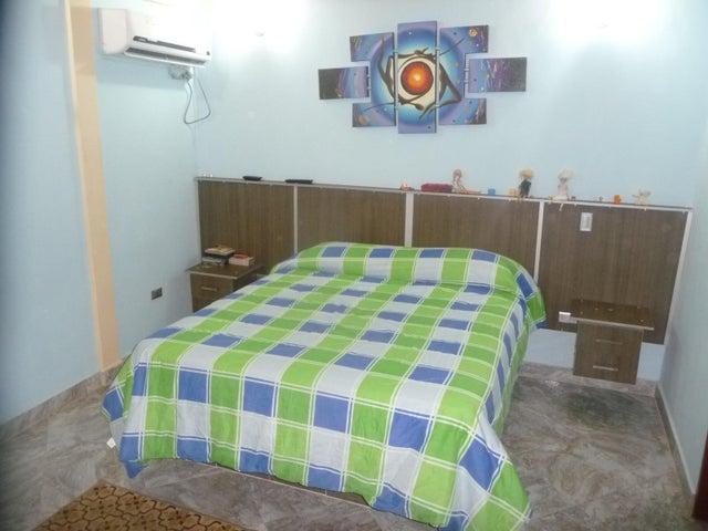 Casa En Venta En Maracay - La Morita Código FLEX: 18-12366 No.14