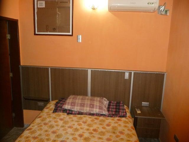 Casa En Venta En Maracay - La Morita Código FLEX: 18-12366 No.16