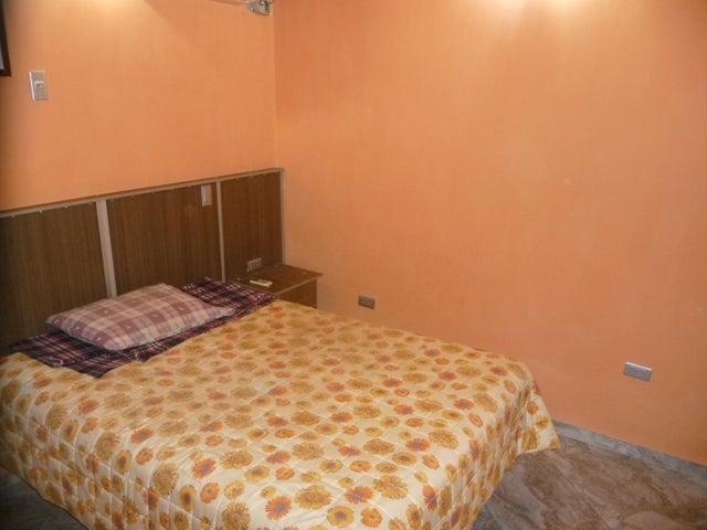 Casa En Venta En Maracay - La Morita Código FLEX: 18-12366 No.17