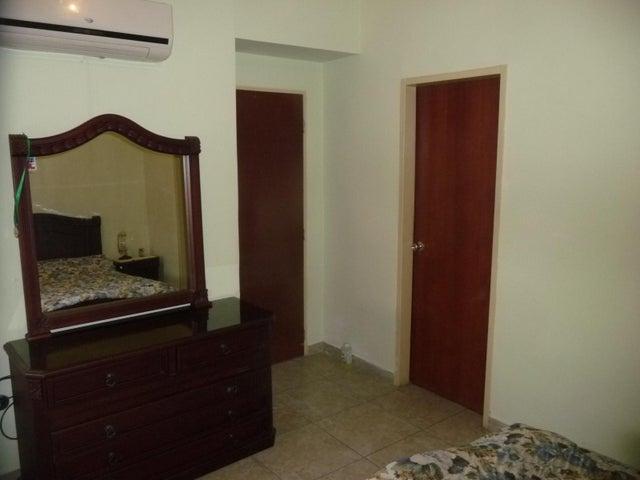 Apartamento En Venta En Maracay - Base Aragua Código FLEX: 18-12475 No.12