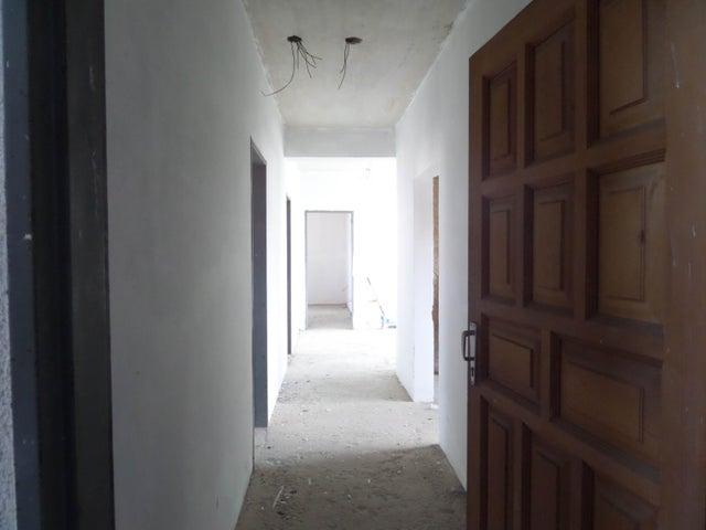 Apartamento En Venta En Maracay - La Soledad Código FLEX: 18-12975 No.7