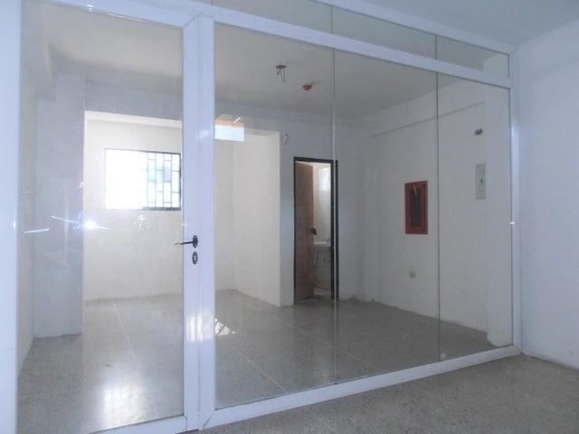 Local Comercial En Venta En Maracay - San Jacinto Código FLEX: 18-13150 No.9