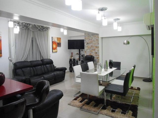 Apartamento En Venta En Maracay - La Soledad Código FLEX: 18-13170 No.2