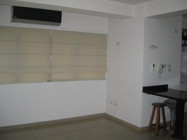 Apartamento En Venta En Maracay - San Isidro Código FLEX: 18-13231 No.3