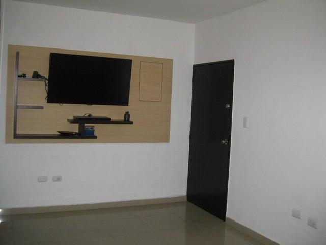 Apartamento En Venta En Maracay - San Isidro Código FLEX: 18-13231 No.6