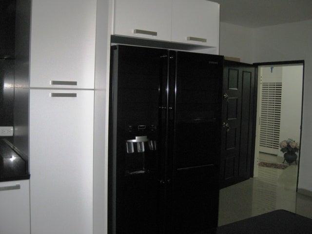 Apartamento En Venta En Maracay - San Isidro Código FLEX: 18-13231 No.10