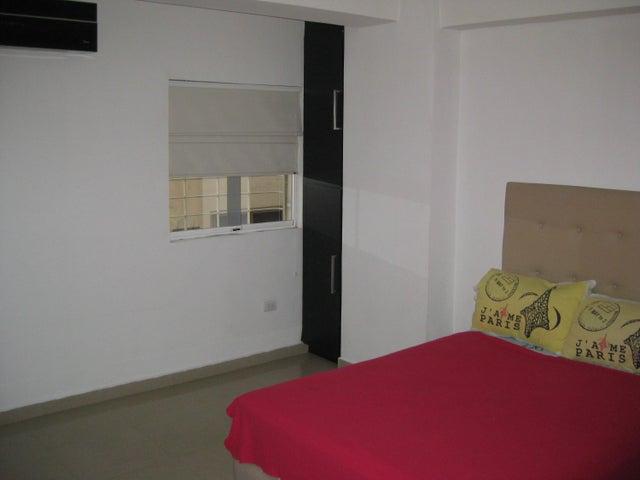 Apartamento En Venta En Maracay - San Isidro Código FLEX: 18-13231 No.13