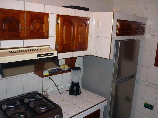En Venta En Maracay - Bosque Alto Código FLEX: 18-13247 No.7