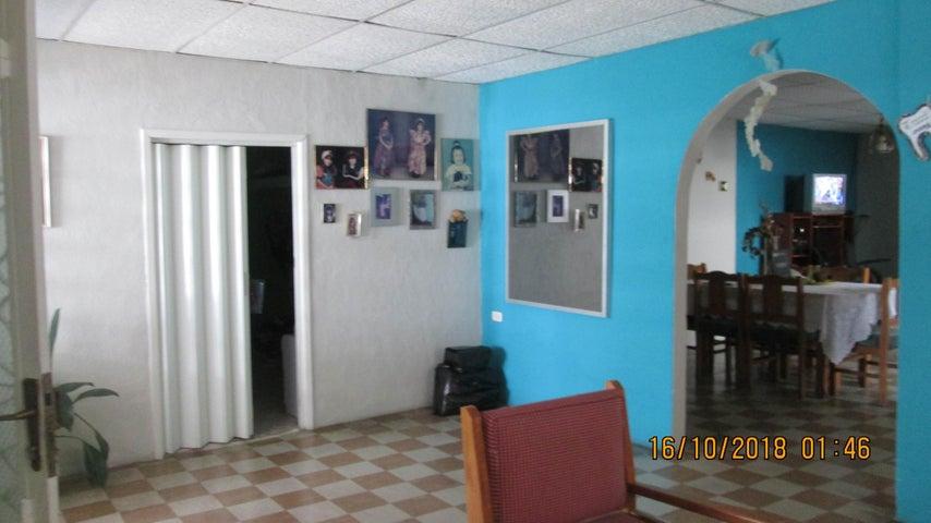 Casa En Venta En Maracay - El Limon Código FLEX: 18-13259 No.6