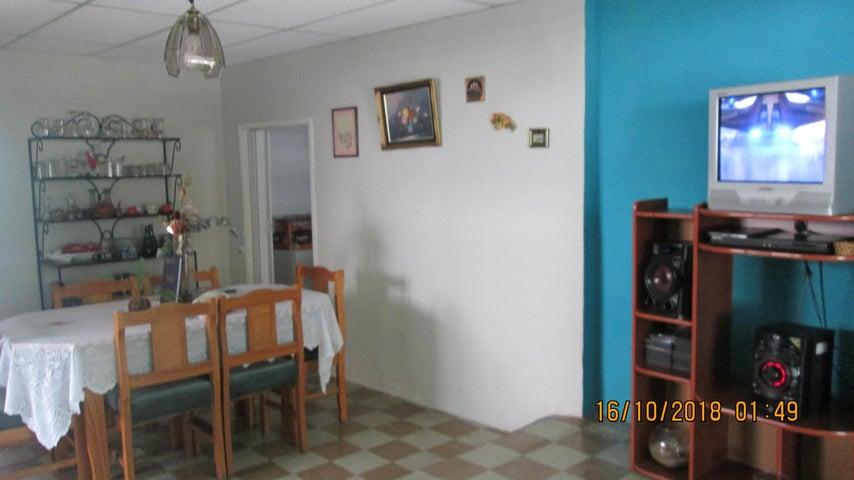 Casa En Venta En Maracay - El Limon Código FLEX: 18-13259 No.9