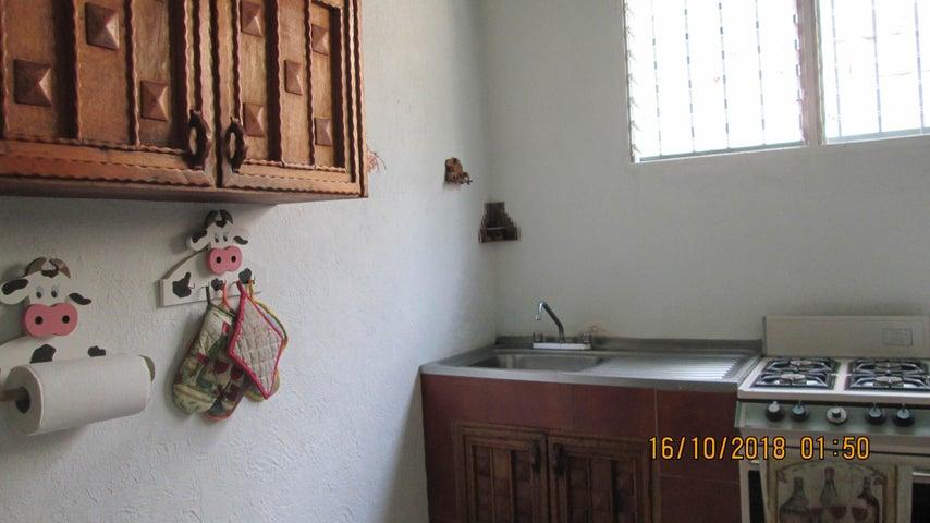 Casa En Venta En Maracay - El Limon Código FLEX: 18-13259 No.11
