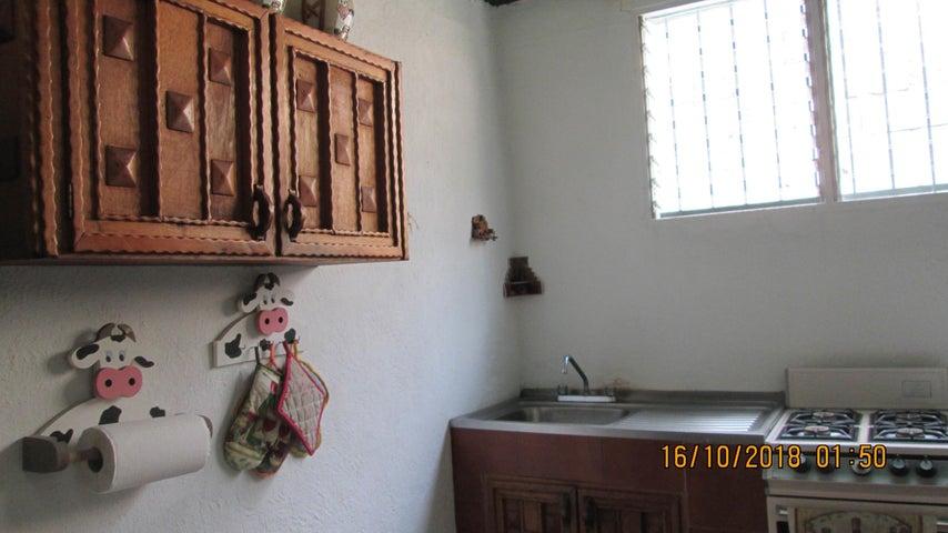 Casa En Venta En Maracay - El Limon Código FLEX: 18-13259 No.14