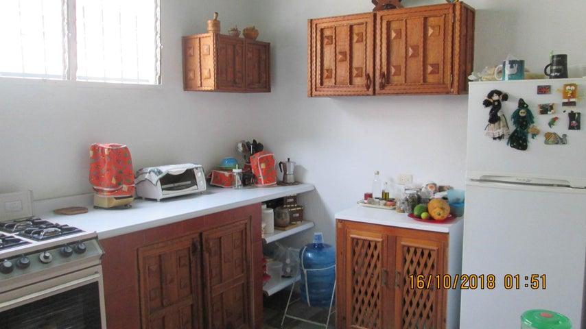 Casa En Venta En Maracay - El Limon Código FLEX: 18-13259 No.16