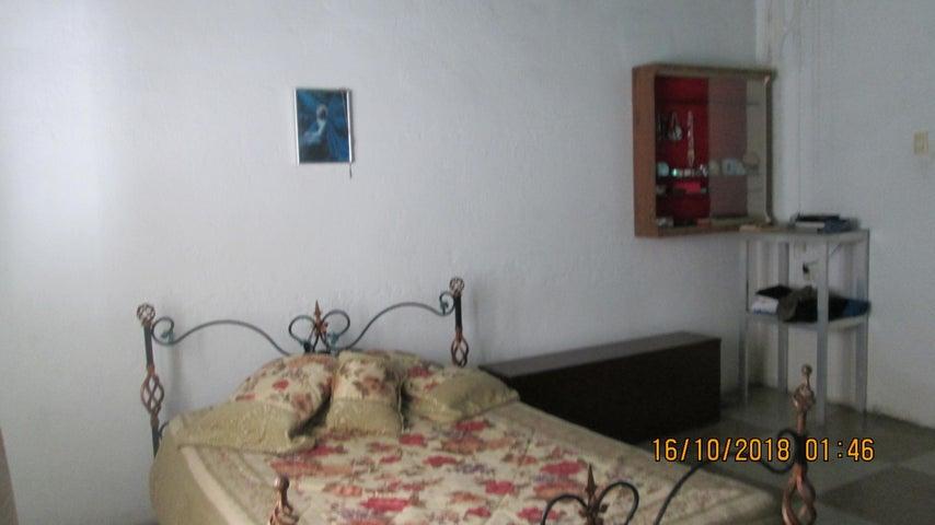 Casa En Venta En Maracay - El Limon Código FLEX: 18-13259 No.17