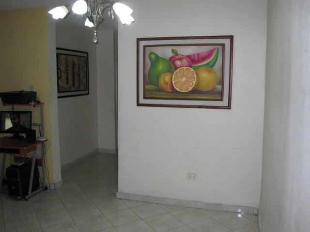 En Venta En Maracay - Base Aragua Código FLEX: 18-13440 No.6
