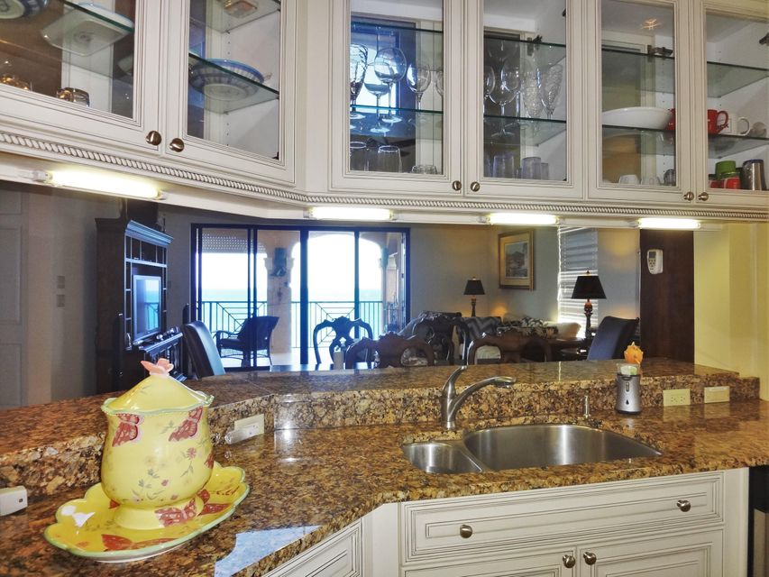 Additional photo for property listing at Carden Beach 321 Coakley Bay EB Carden Beach 321 Coakley Bay EB 圣克洛伊岛, 维京群岛 00820 美属维尔京群岛