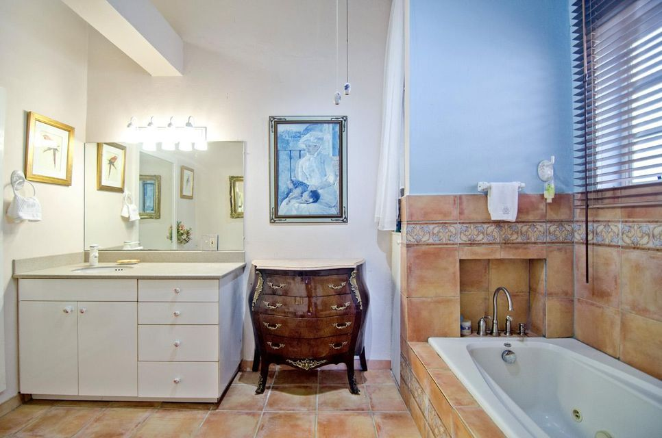 Additional photo for property listing at 3D/5AA Tabor & Harmony EE 3D/5AA Tabor & Harmony EE 圣托马斯, 维京群岛 00802 美属维尔京群岛