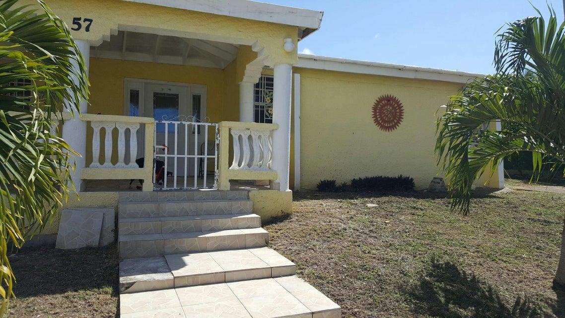多户住宅 为 销售 在 57 Humbug QU 57 Humbug QU 圣克洛伊岛, 维京群岛 00820 美属维尔京群岛