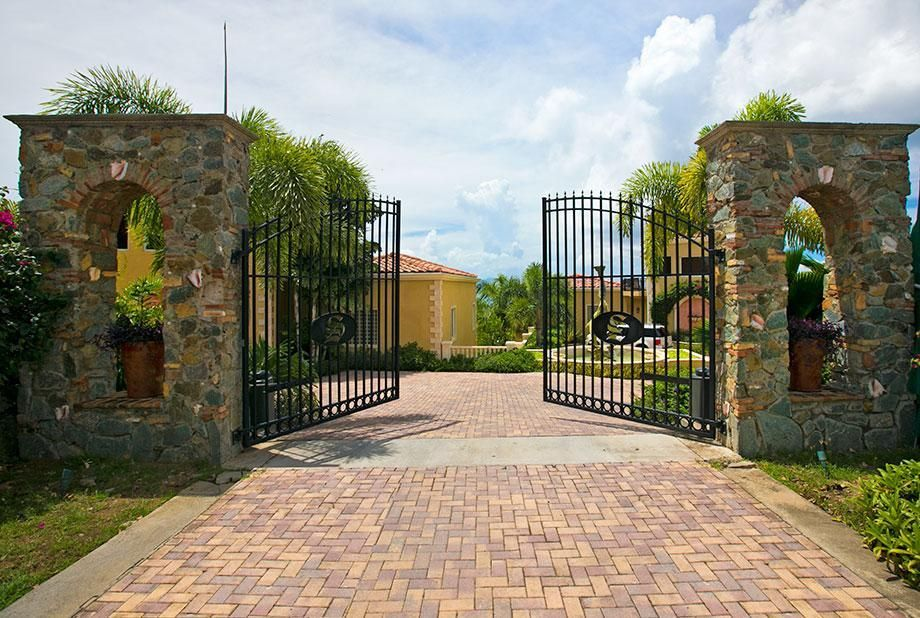 Additional photo for property listing at Sirenusa 11 Enighed CRUZ  St John, Virgin Islands 00830 Isles Vierges Américaines