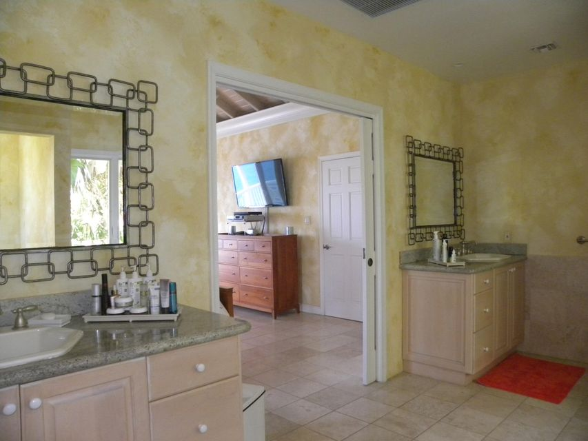 Additional photo for property listing at C-5-B-16 Lovenlund GNS  St Thomas, Virgin Islands 00802 Виргинские Острова