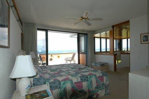 Additional photo for property listing at Regatta Point G Bolongo FB  St Thomas, Virgin Islands 00802 Виргинские Острова