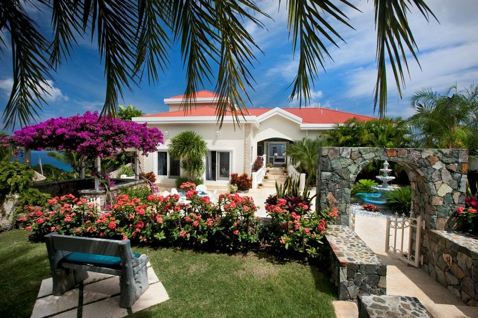 Single Family Home for Rent at 9-4 Bonne Resolution Lane St Thomas, Virgin Islands 00802 United States Virgin Islands