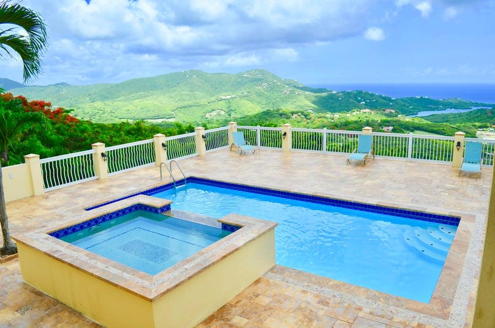 独户住宅 为 销售 在 32A & 33A St. John QU 32A & 33A St. John QU 圣克洛伊岛, 维京群岛 00820 美属维尔京群岛