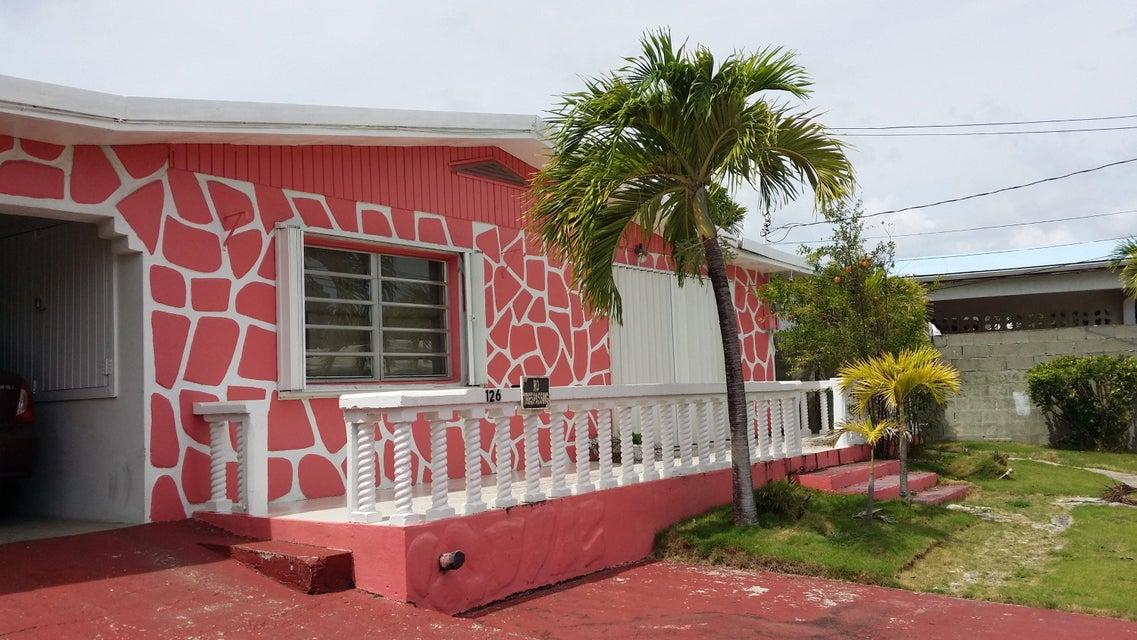 Maison unifamiliale pour l Vente à 126 Strawberry QU 126 Strawberry QU St Croix, Virgin Islands 00820 Isles Vierges Américaines