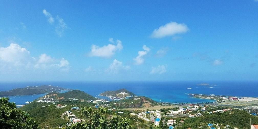 Additional photo for property listing at Plantation Manor 59 Contant SS Plantation Manor 59 Contant SS St Thomas, Virgin Islands 00802 Виргинские Острова