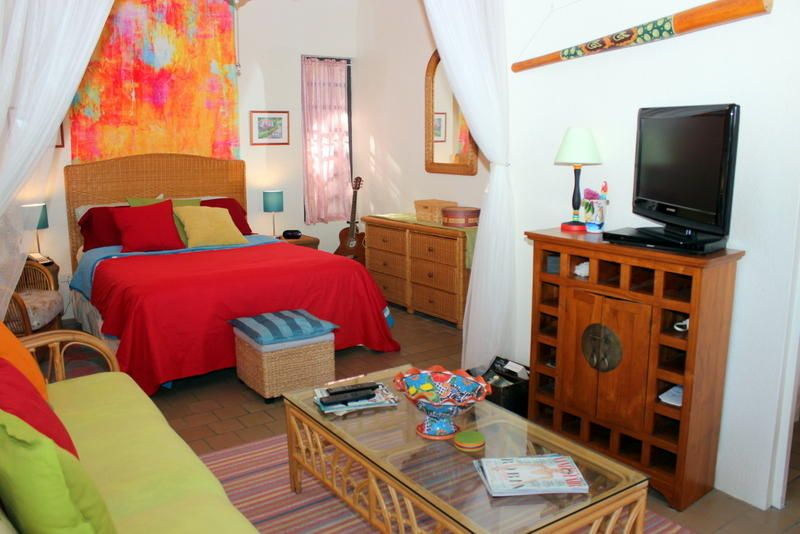 Condominium for Sale at Point Pleasant E14 Smith Bay EE Point Pleasant E14 Smith Bay EE St Thomas, Virgin Islands 00802 United States Virgin Islands