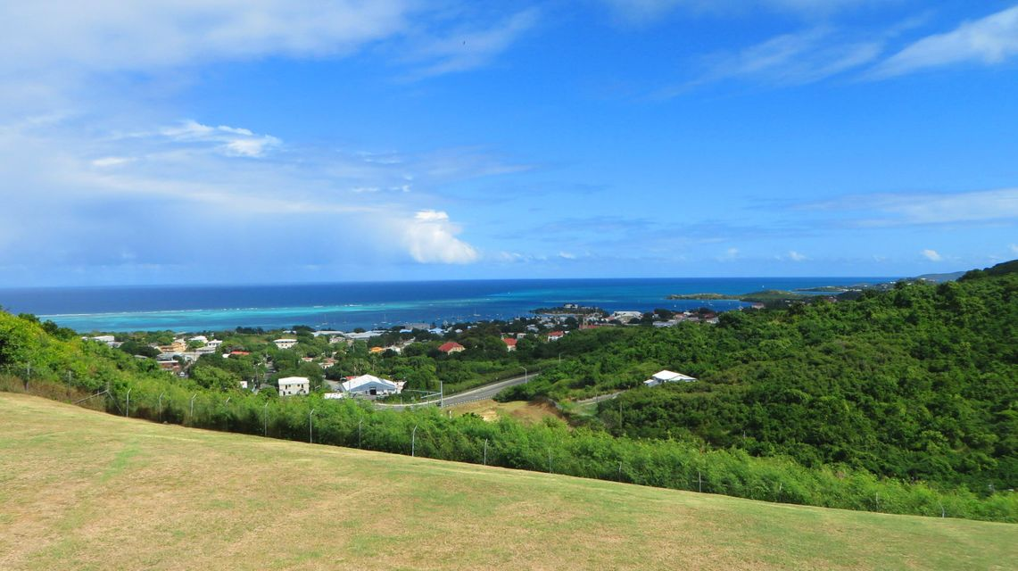 Additional photo for property listing at Questa Verde 69 Hermon Hill CO Questa Verde 69 Hermon Hill CO 圣克洛伊岛, 维京群岛 00820 美属维尔京群岛