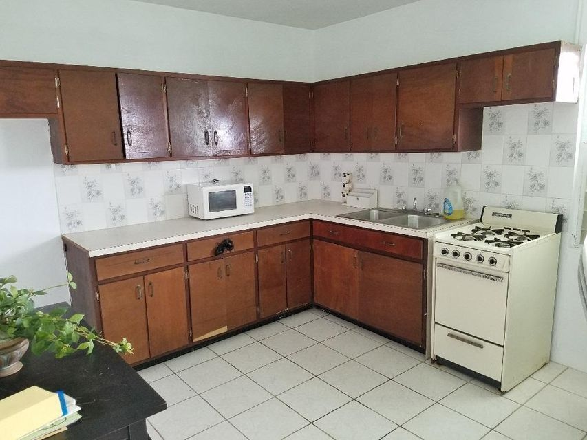 Additional photo for property listing at 10A Dorothea LNS 10A Dorothea LNS 圣托马斯, 维京群岛 00802 美属维尔京群岛