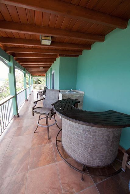 Additional photo for property listing at 2K-1 Blg B Lerkenlund GNS 2K-1 Blg B Lerkenlund GNS St Thomas, Virgin Islands 00802 Виргинские Острова