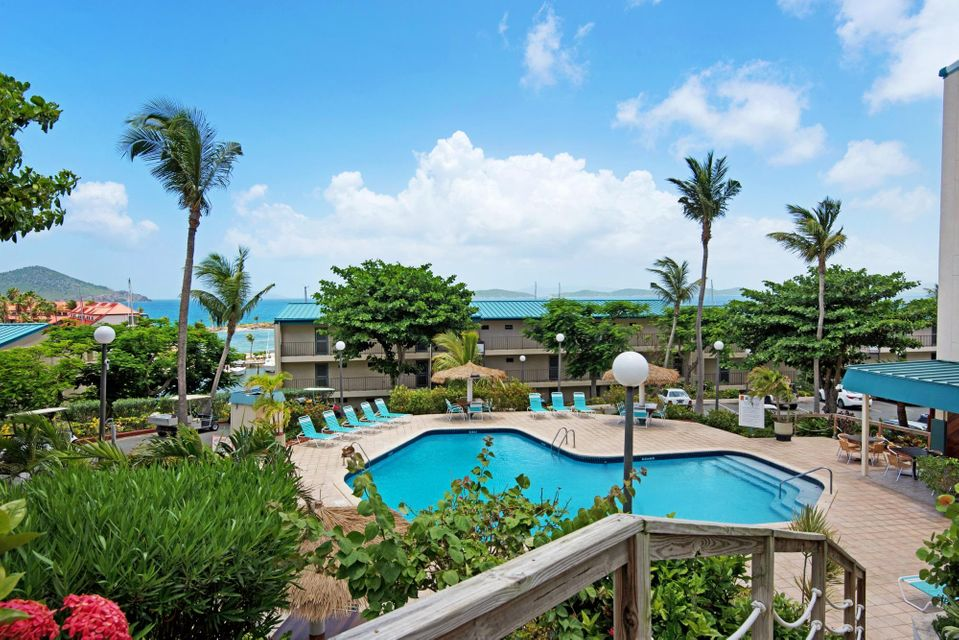 Additional photo for property listing at Sapphire Hill Village 192 Smith Bay EE Sapphire Hill Village 192 Smith Bay EE St Thomas, Virgin Islands 00802 Isles Vierges Américaines