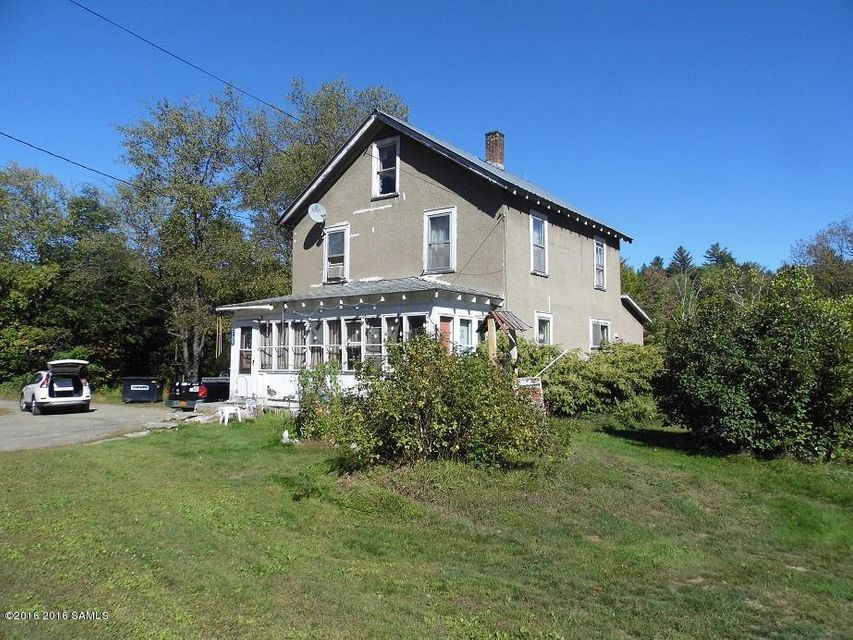 840 Peaceful Valley Rd, North Creek, NY 12853