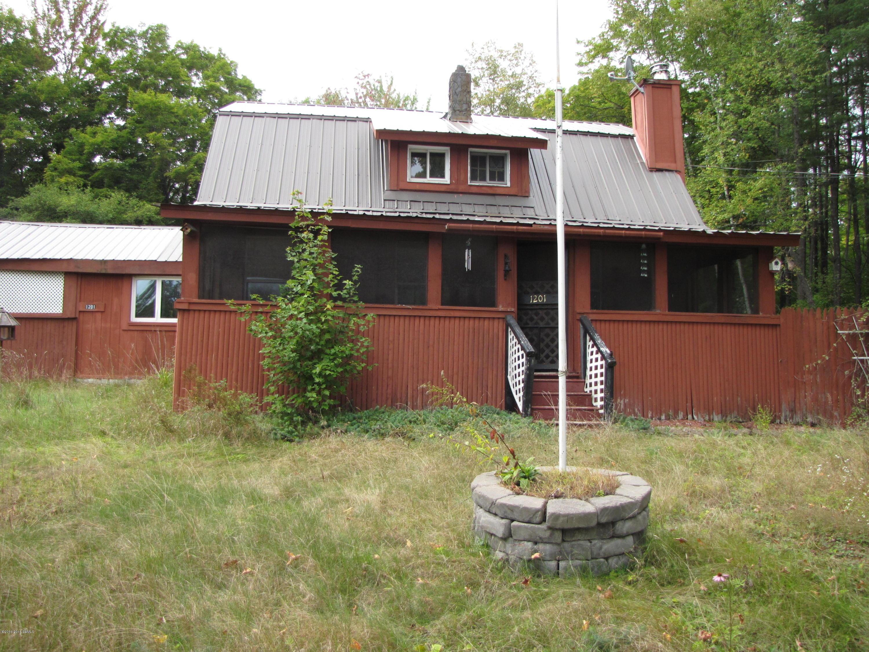 1201 VALENTINE POND Road, Adirondack, NY 12808