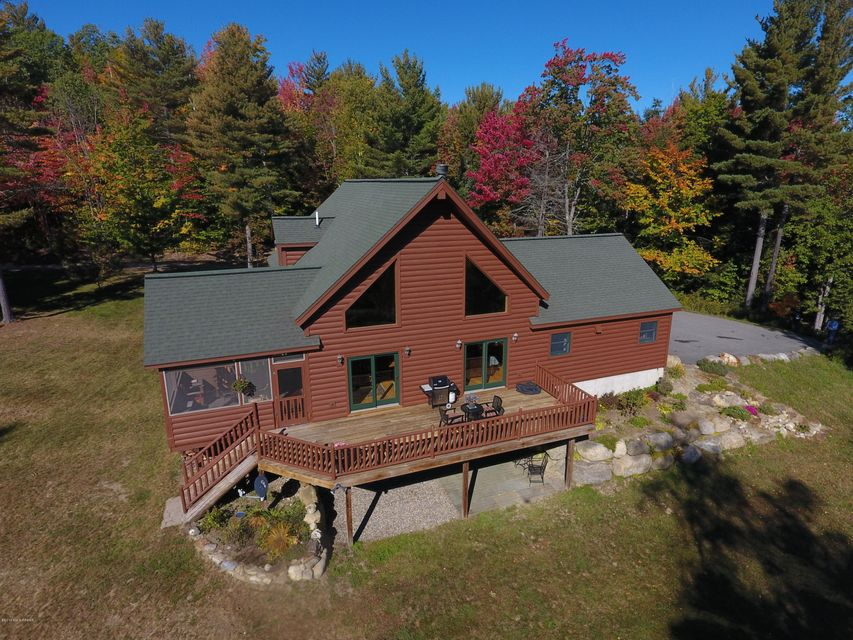 84 Oven Mountain Rd, North Creek, NY 12853