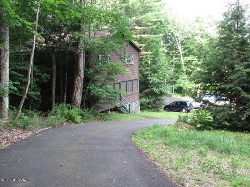 11 Cabin Colony Court, Schroon Lake, NY 12870