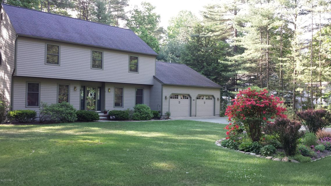 8 Triphammer Road, Queensbury, NY 12804