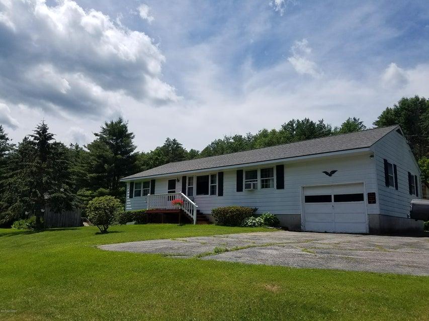 2162 County Route 18, Hampton, NY 12837