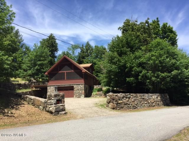 11 Game Club Rd., Schroon Lake, NY 12870
