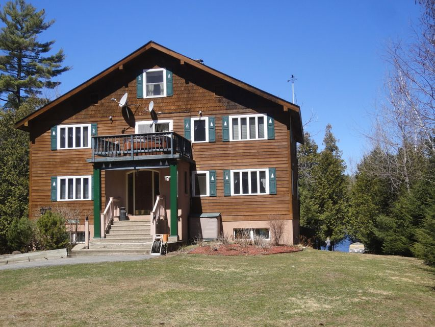 32 Astor Drive, Schroon Lake, NY 12870