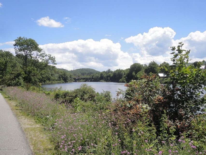 82 Old River, North Creek, NY 12853
