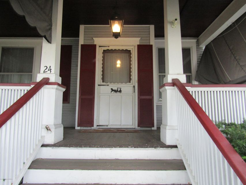Home for sale at 24 pettebone st e in forty fort, pa for 175,900 ...