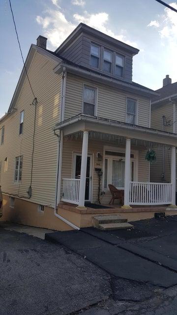 240 Ohio Ave,Shenandoah,Pennsylvania 17976,3 Bedrooms Bedrooms,7 Rooms Rooms,1 BathroomBathrooms,Residential,Ohio,17-899