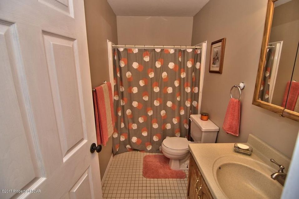 Hall Bath View 3