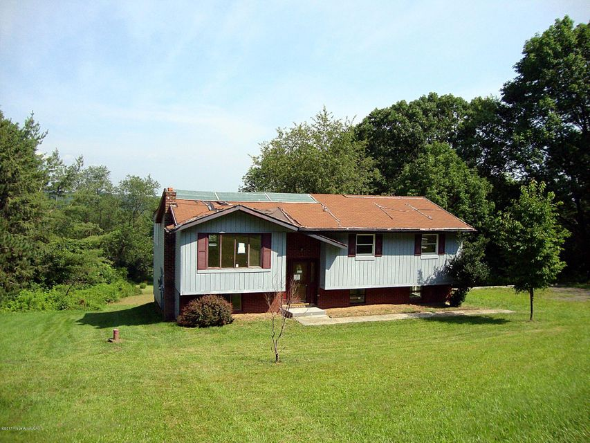 home for sale at 38 a bunker hill rd in wyoming pa for 119 900