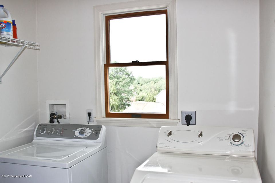 1st Fl. Laundry Room