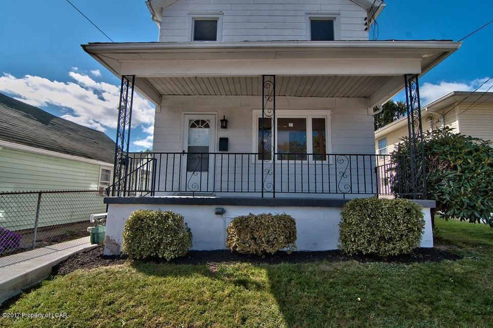 1236 Franklin St,Old Forge,Pennsylvania 18518,2 Bedrooms Bedrooms,5 Rooms Rooms,1 BathroomBathrooms,Residential,Franklin,17-5187